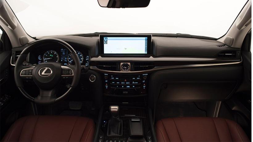 Lexus-LX_570-ra-mat-2
