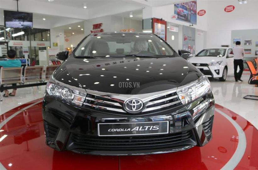 Toyota-Corolla-Altis-2