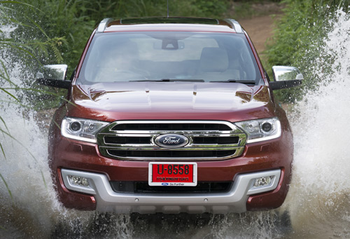 xe-ford-everest-2015-1