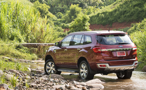 xe-ford-everest-2015-2