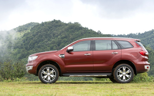 xe-ford-everest-2015-3