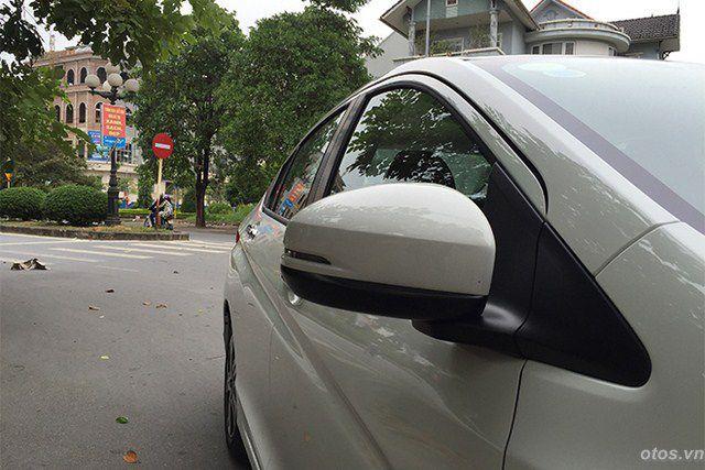 Dưới 600 triệu, có nên mua xe oto Honda City?