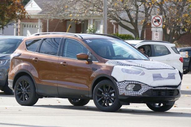 Ford-Escape-2017-1