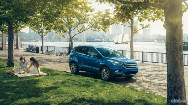 Xe Ford Escape 2017 công bố chi tiết