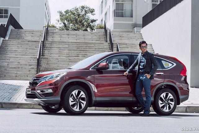 Xe Honda CRV 2015 và sắc đỏ cá tính