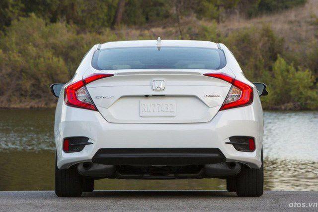 Xe oto Honda Civic thế hệ mới lộ ảnh chạy thử