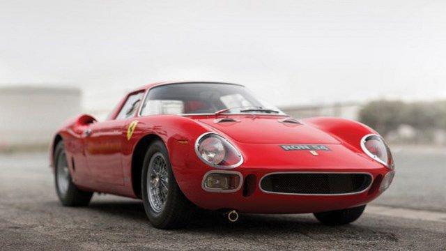 Top 10 xe oto đấu giá cao giá nhất 2015