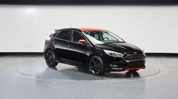 xe-ford-focus-2014-2015-red-black-1