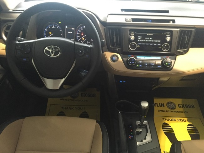 Toyota-RAV4a