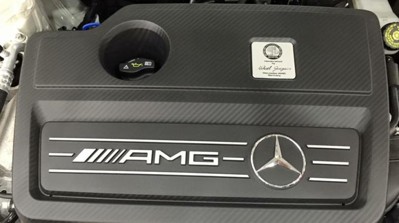 Mercedes-Benz-A45-2016-2