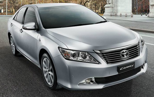 xe-toyota-camry